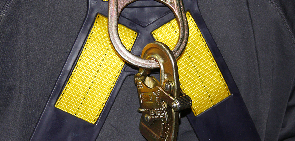 harness with buckle yellow