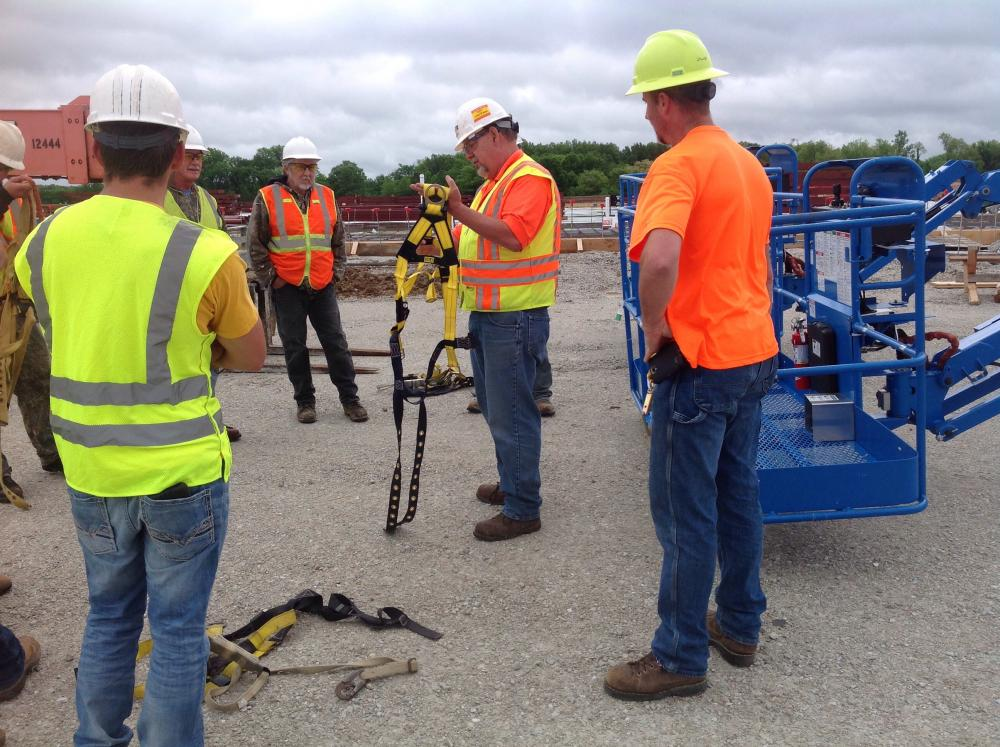 The Korte Company leads a safety stand down as part of OSHA's National Safety Stand Down for Falls in Construction campaign